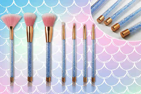 Forever Cosmetics - Seven piece Glamza blue mermaid glitter brush set - Save 74%
