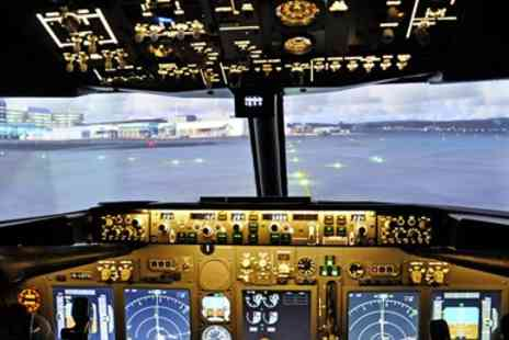 Deeside Flight Simulators - Flight simulator experience in Cheshire - Save 51%