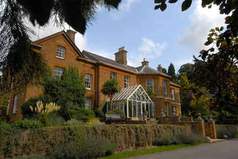 Sedgebrook Hall - Four Star overnight stay for two including breakfast, three course dinner and leisure access - Save 35%