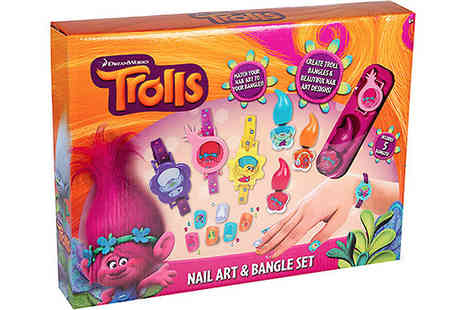 Direct 2 public - 27 Piece Trolls Nail Art Kit And Bangle Set - Save 80%