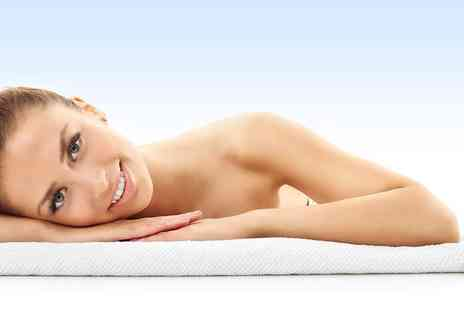 The British Aesthetic Bar - Upper arm laser lipo treatment - Save 55%