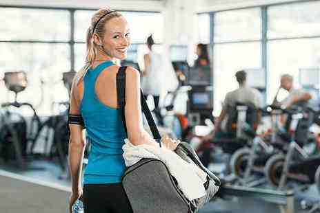 Paringdon Sports & Social Club - Five classes or gym passes for one or two - Save 60%