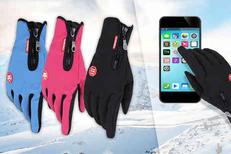Buy Something - Pair of anti slip touchscreen sports gloves - Save 78%