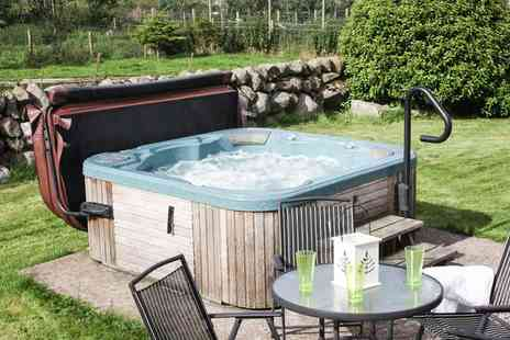 Meiklebob Holiday Cottages - Two to Four Night Cottage Stay with Hot Tub for Up to 10 - Save 0%