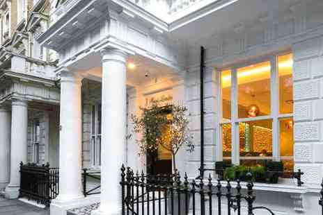 J Hotel - Four Star overnight London stay with breakfast - Save 40%