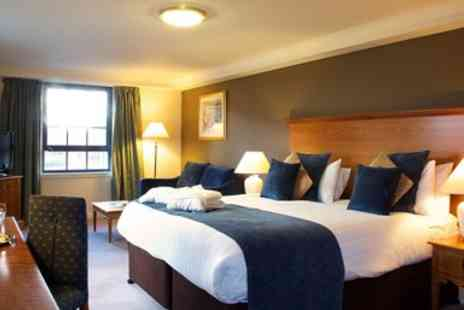Hallmark Hotel - Glasgow hotel stay with dinner & wine - Save 0%