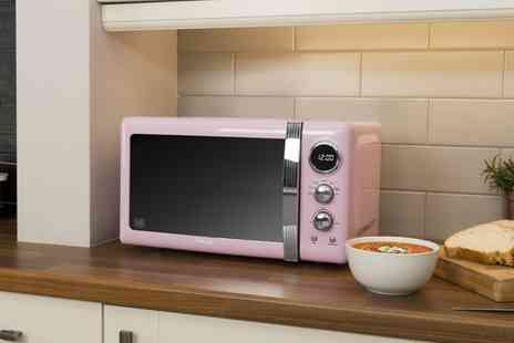 Groupon Goods Global GmbH - Swan Retro Style 800W 20L Microwave With Free Delivery - Save 44%