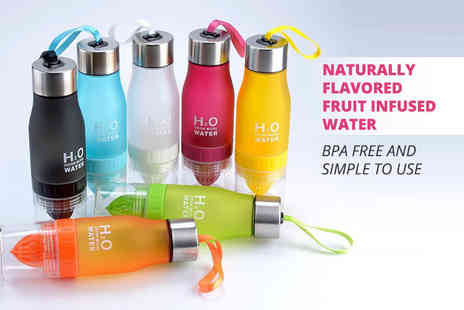 Enyaa - 650ml fruit infusing water bottle choose from seven colours - Save 77%