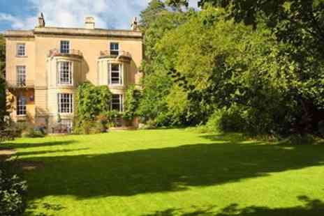 Bailbrook Lodge - Bath break with champagne, lunch & more - Save 0%