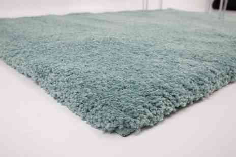 Groupon Goods Global GmbH - Thick Pile Shaggy Rug in Choice of Colour and Size - Save 0%