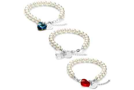 Jewells House - One, Two or Three Personalised Pearl Bracelets with Two Hearts and Crystals from Swarovski With Free Delivery - Save 71%