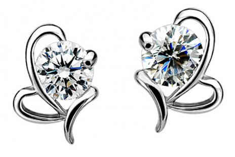 Romatco - Fly Heart Stud Earrings - Save 70%