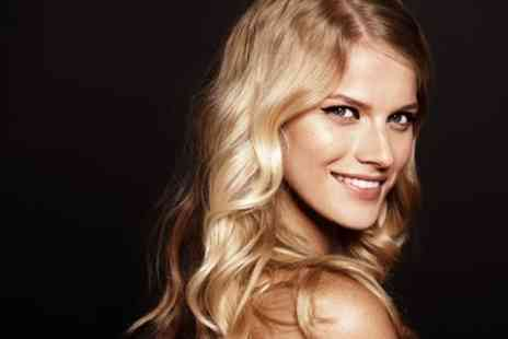 Barry at Salon 41 - Wash, Cut, Blow Dry and Choice of Full Head Colour or Balayage - Save 50%