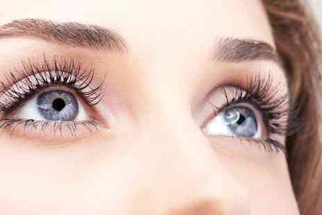 The Sanctuary Day Spa - Lash Lift with Tint - Save 40%