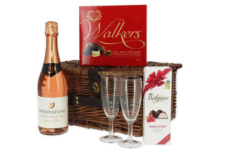 First4Hampers - Romantic themed hamper including chocolates, Belgian raspberry delights, Moonstone rosé and two Champagne flutes - Save 40%