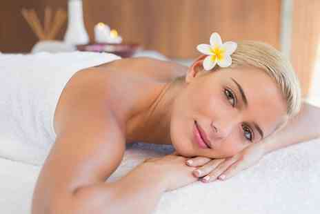 Pure Radiance - Choice of 30 or 60 Minute Massage - Save 52%