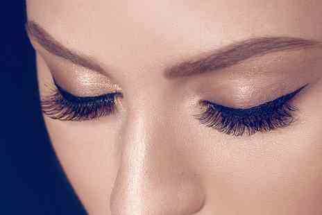 Aphrodites beauty salon - Full Set of Individual Eyelash Extensions - Save 50%