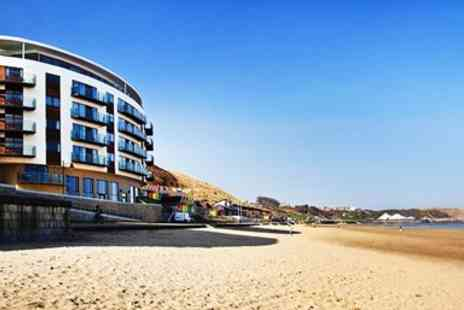 Escape2 The Sands - Two night Scarborough apartment stay with bubbly - Save 26%