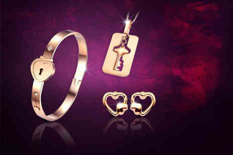 Evoked Design - Key to my heart jewellery set choose from two colours - Save 90%