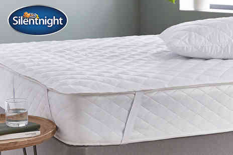 Chums - Silent Night mattress and pillow protector set - Save 60%