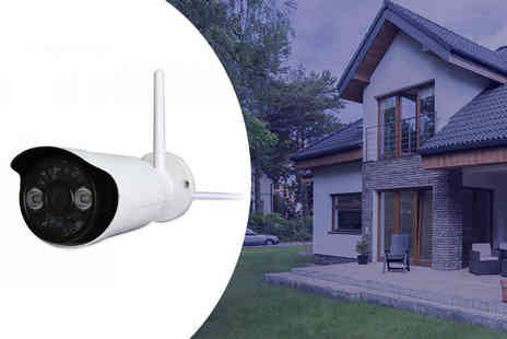 eTrading Group - Wireless outdoor HD camera with night vision - Save 62%