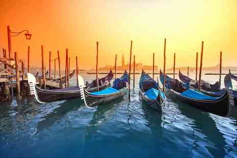 Super Escapes Travel - Two or three night Venice trip with breakfast and flights - Save 36%