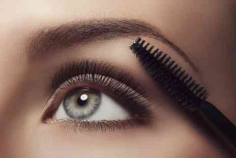 Beauty Workz by Natalie - LVL eyelash treatment - Save 47%