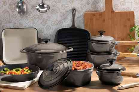 Groupon Goods Global GmbH - Cooks Professional 5 or 8 Piece Cast Iron Cookware Sets With Free Delivery - Save 68%