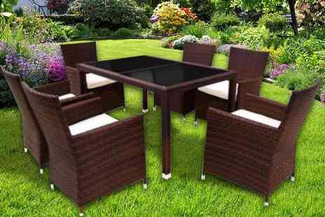 Giomani Designs - Four, six or eight seater Rattan dining set - Save 72%