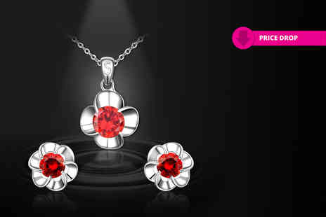 Evoked Design - Two piece crystal flower set - Save 91%
