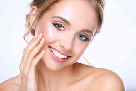 115 Skin Clinic - One hour laser teeth whitening treatment - Save 35%