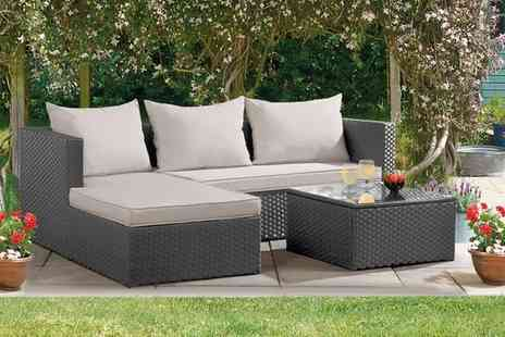 Groupon Goods Global GmbH - Havana Rattan Effect Corner Sofa Set with Optional Covers and Free Delivery - Save 50%