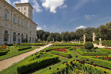 Ludovisi Palace Hotel - Four Star Old World Glamour Five Minutes from Villa Borghese for two - Save 80%