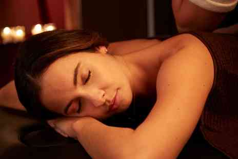 QL - Choice of 30 or 60 Minute Swedish or Aromatherapy Massage - Save 57%
