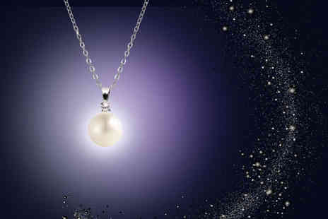 Lily Spencer London - Elegant pearl pendant choose from black or white - Save 90%