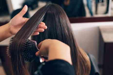 One to One Hair Studio - Wash, Cut and Blow Dry with Optional Half Head or Full Head of Highlights - Save 54%