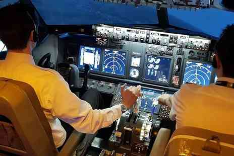 Virtual Flight Experience - Half Day Future Pilot Simulator Experience - Save 58%