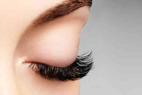 Bon Bons Beauty - Semi permanent eyelash extensions - Save 70%