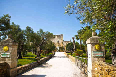 Tenuta Monacelli - Four Star 16th Century Farmhouse in Olive Tree Estate For Two - Save 50%