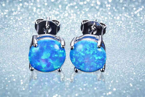 Your Ideal Gift - Pair of blue crystal stud earrings - Save 0%