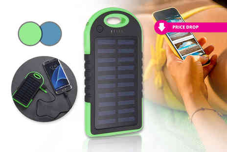 Object - Solar power bank choose from two colours - Save 58%