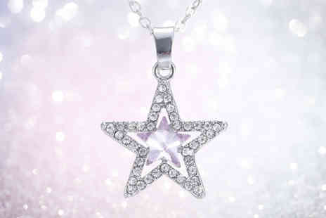 GetGorgeous - Crystal star pendant - Save 75%