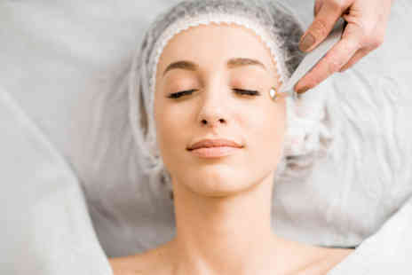 Kiana beauty - Three microdermabrasion treatments - Save 36%