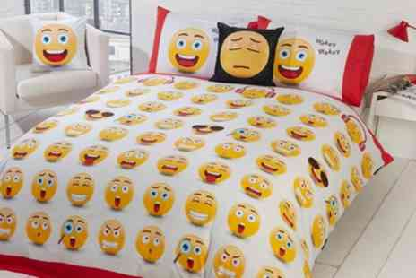 Groupon Goods Global GmbH - Fun Icons Reversible Duvet Set - Save 71%