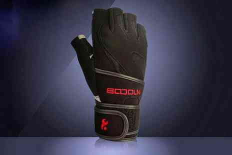Groupon Goods Global GmbH - Fitness Gym Gloves with Wrist Support - Save 53%