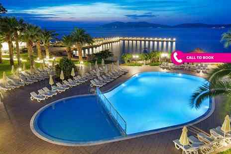 Super Escapes Travel - Seven night ultra all inclusive Kusadasi stay with sea view, 30% spa and water sports discount, wine on arrival and return flights - Save 26%