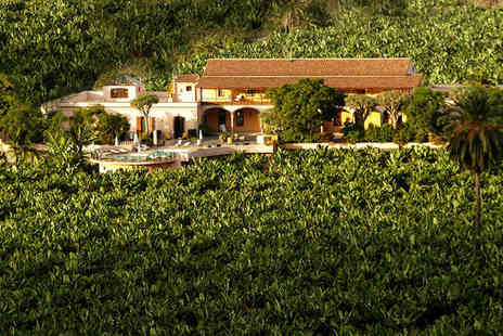Hacienda del Buen Suceso - Four Star Converted Farmhouse in Rural Setting For Two - Save 49%