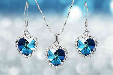 Trendy Banana - Swarovski Elements Blue Crystal Heart Duo Set - Save 75%