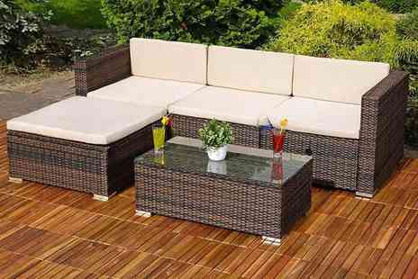 Giomani Designs - Three piece rattan corner sofa set - Save 63%