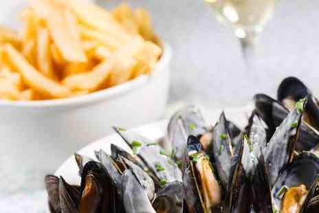 The Rum And Crab Shack - Mussels and Fries with Drink for Two or Four - Save 0%